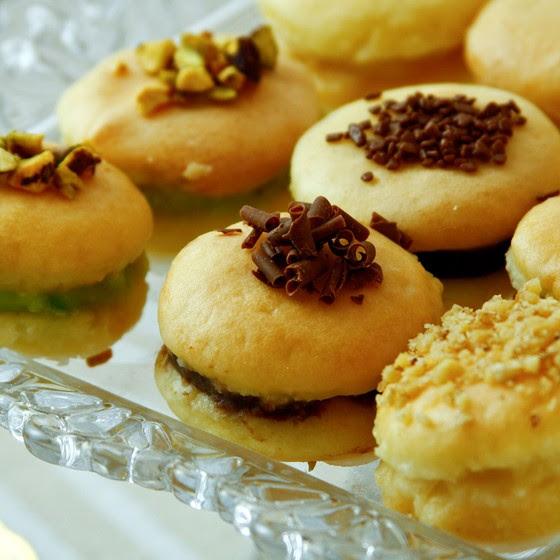A receita do bem casado com recheio de brigadeiro do Atelier Fabiola & Liana rende até 70 doces (Foto: Divulgação)