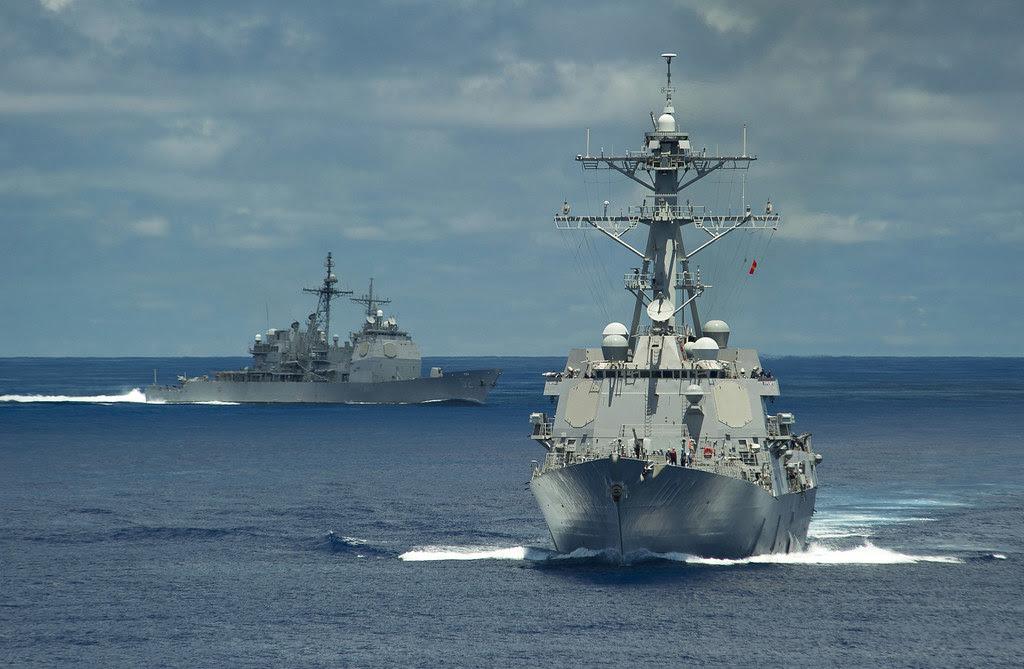 May 29 2011 USS Gridley (DDG 101) USS Bunker Hill (CG 52)
