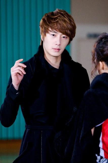 Kim Hyun Joong / 김현중 / 金賢重 Fever: Flower Boy Ramyun Shop / 꽃미남