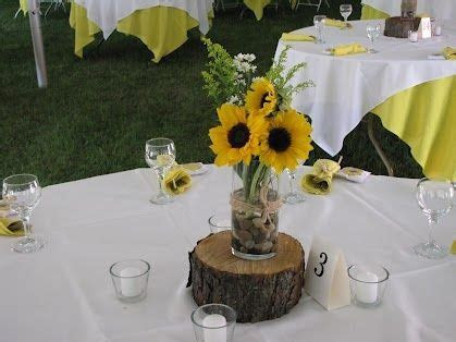 DIY sunflower centerpieces   centerpieces. (: Simple and