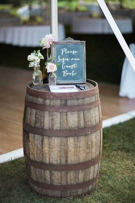 22 Marvelous DIY Wine Barrel Wedding Decoration Ideas
