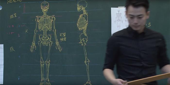 chinese-teacher-anatomical-chalkboard-drawings-7