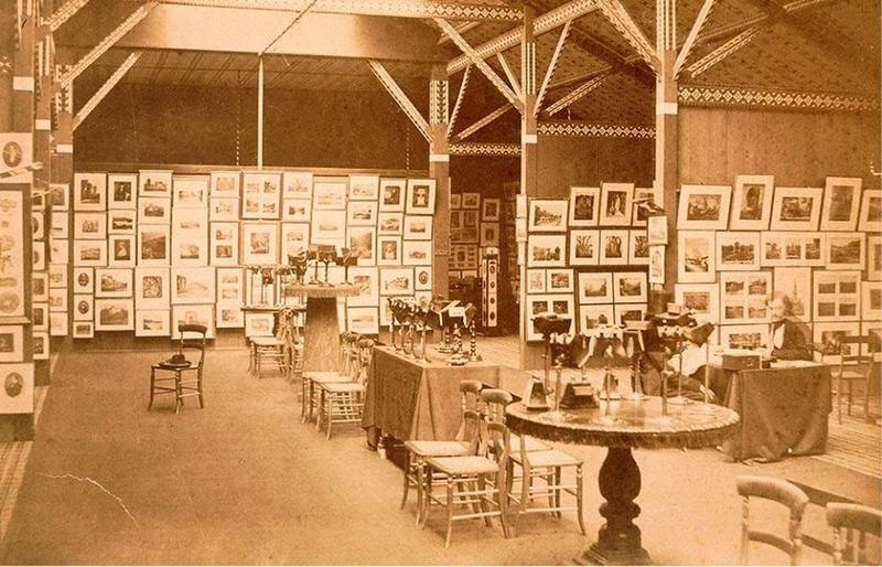 Captured From The Past : 1858 Exhibition of the Photographic Society