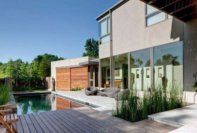 A Clean Modern House with a Beautiful Pool Terrace by Architect Marc McCollom   DesignRulz.com
