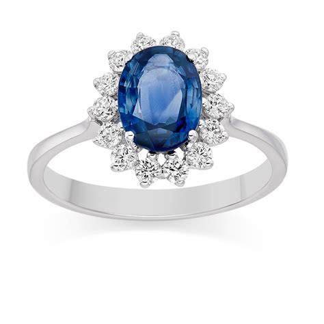 How to Buy Engagement Ring for Your Girl   Unique
