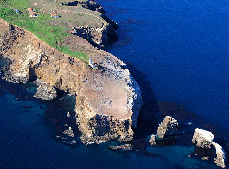 File:Aerial-AnacapaLight.jpg