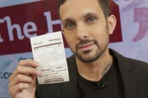 Он выиграл 10 тысяч, поставив всего 1 фунт