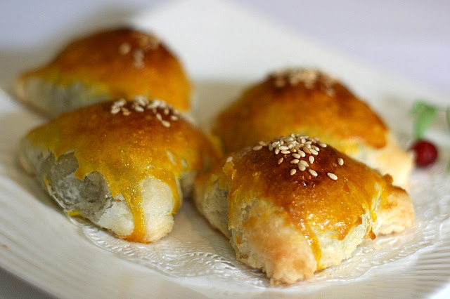 Baked Barbeque Pork Puff