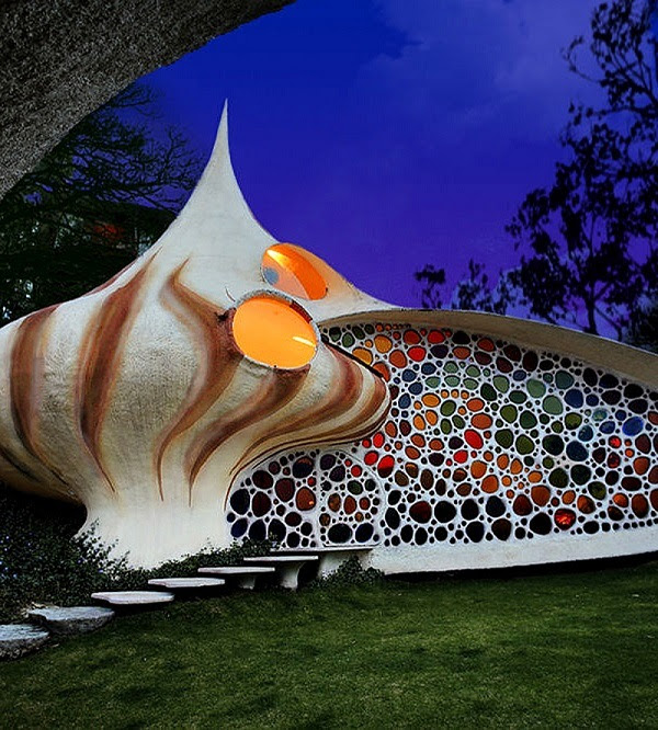 Colorful Shell-Inspired Home