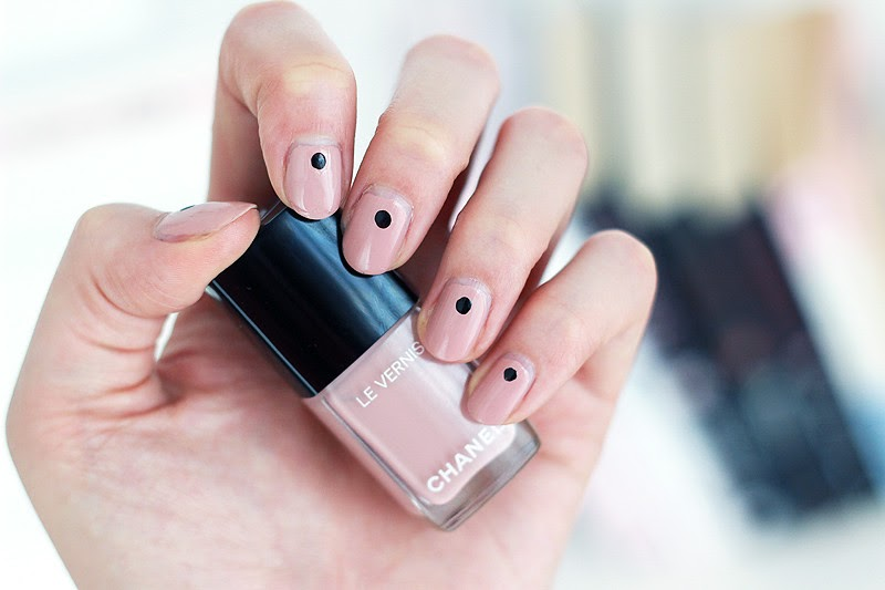 Polishcrush Chanel S Updated Longwear Nail Polish In Organdi Minnebelle