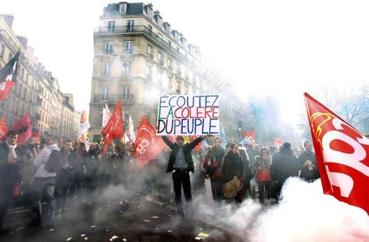 Ecoutez la colère du peuple! (Ακούστε την Οργή του Λαού!)