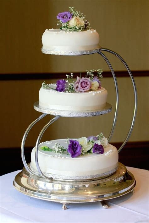 3 Tier Wedding Cake Stand   in Dalgety Bay, Fife   Gumtree