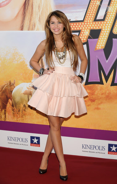 miley cyrus style 2009. Miley Cyrus attended the