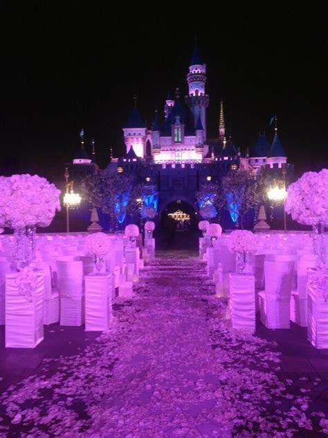 Mariah Carey and Nick Cannon Have the Disneyland Wedding