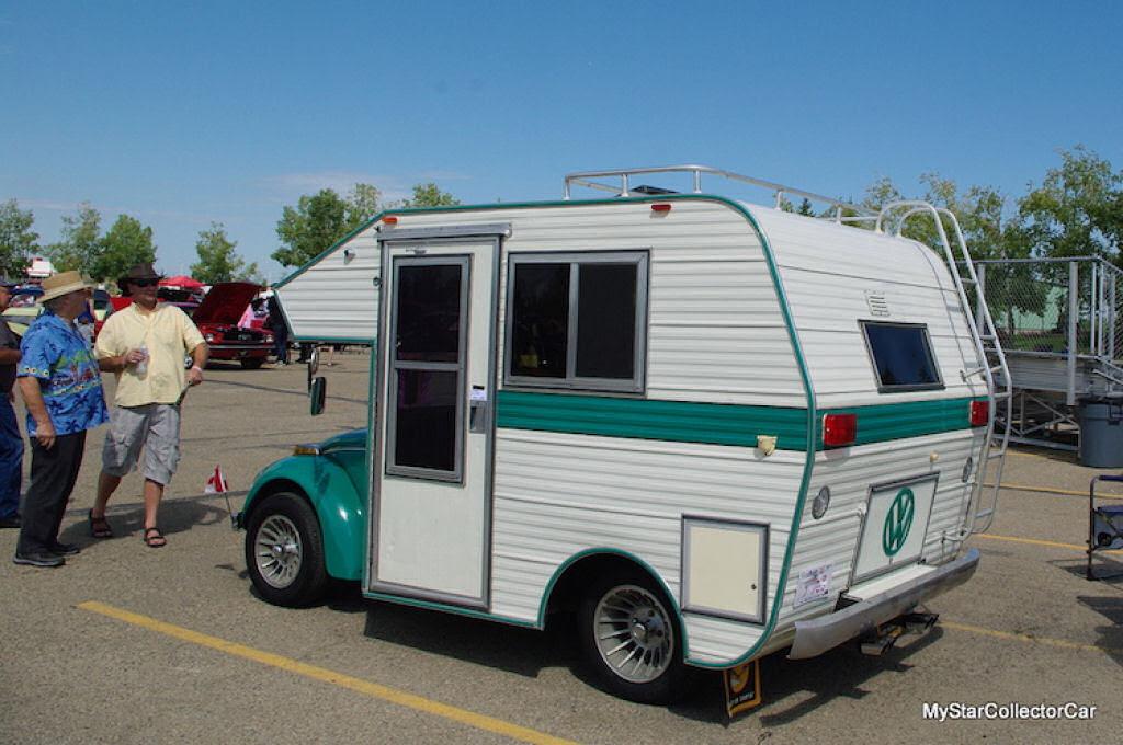 """Fuscas dos anos 1970 convertidos em trailers chamados """"fuscampistas"""" 03"""