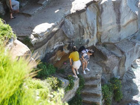 Tourists in Diamond Bay ?risking their lives? for