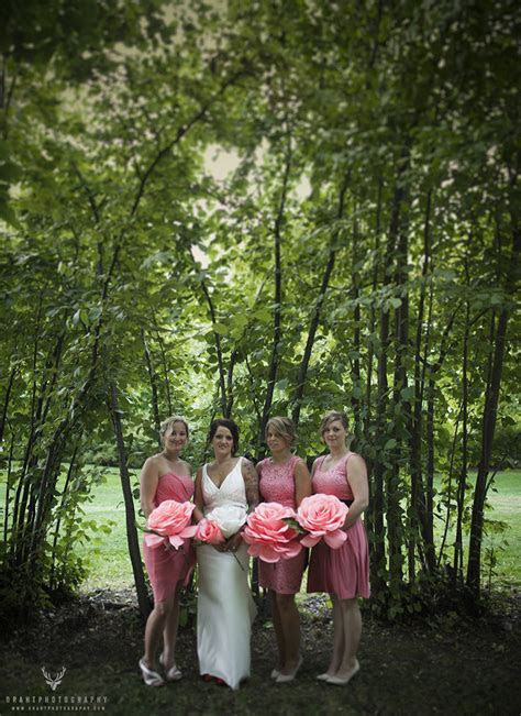 A Gellatly Nut Farm Wedding at the Cove   Draht Photography