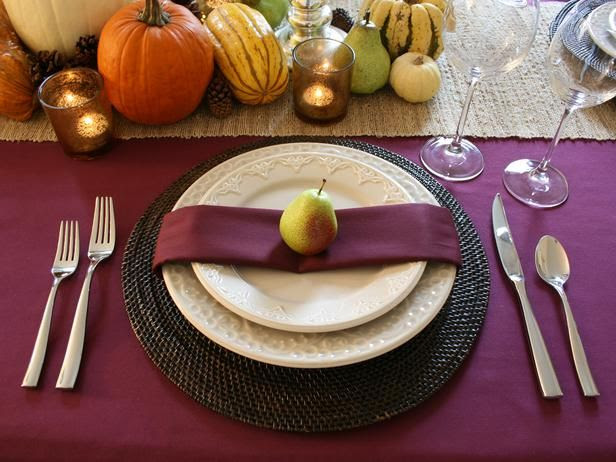 Go With a Saturated Shade - Our Favorite Thanksgiving Table Setting Ideas on HGTV