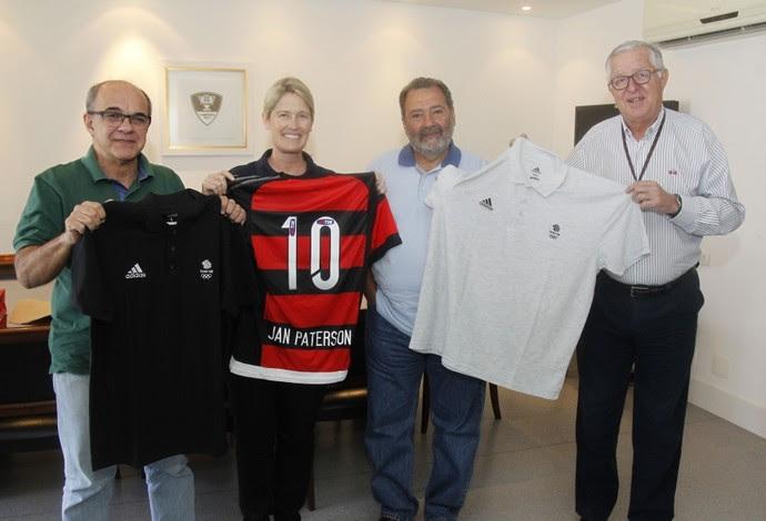 Diretora do Comitê Olímpico Britânico em reunião com dirigentes do Flamengo (Foto: Divulgação)