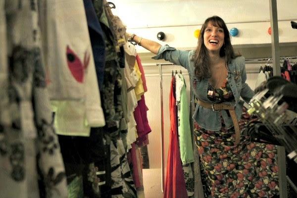 Patrola conversou com a estilista Isabela Capeto (Foto: Reprodução/RBS TV)