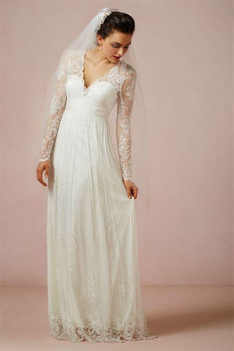 2014 New Design White/Ivory V Neck Lace Sheath Chiffon