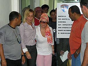 Procuradora deixa Polinter ao lado da delegada Roberta  Carvalho