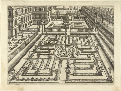Labyrinth - garden architectural design