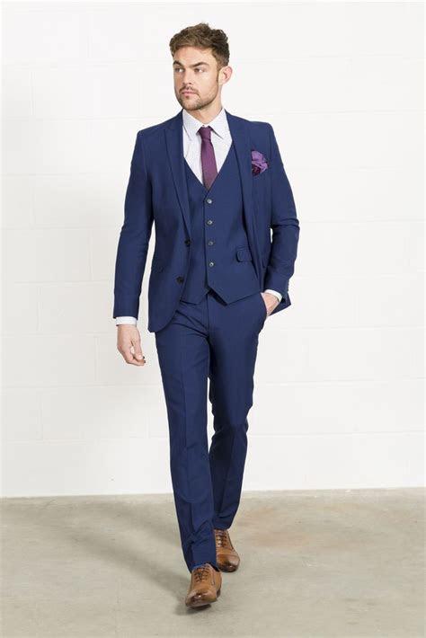 ways  wear blue suits  brown shoes ideas  men