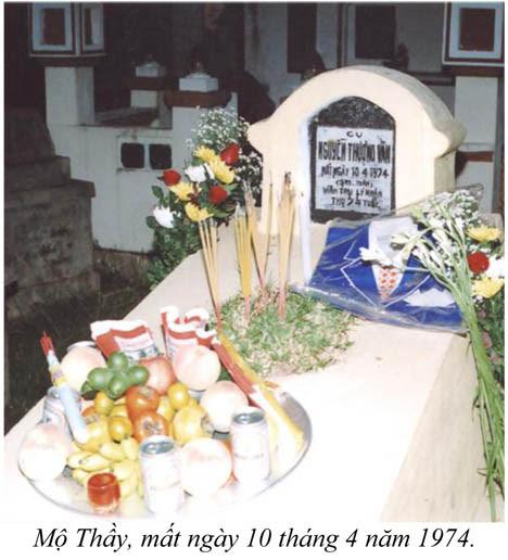 Nguyễn Hữu Chí: mộ Thầy