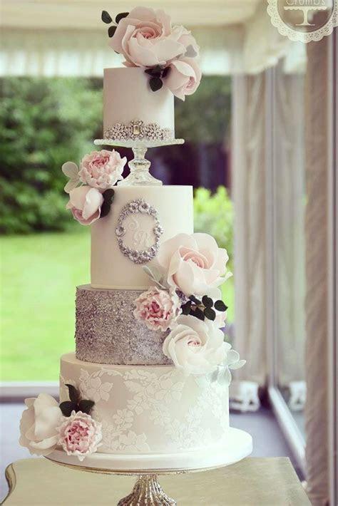 Best 25  Amazing wedding cakes ideas on Pinterest   Pearl