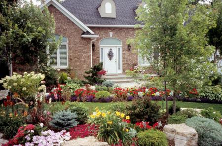 Landscaping builds equity - landscape ontario.com Green ...