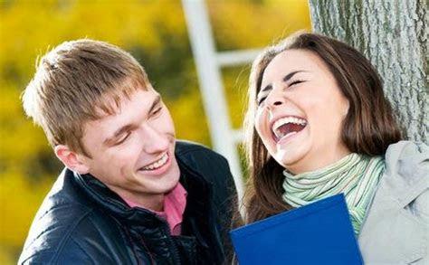 kumpulan gambar ketawa lucu foto tertawa bahagia status fb