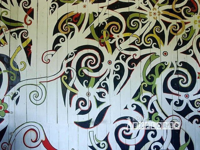 Sarawak discovering long nawang kenyah murals the for Home wallpaper kuching