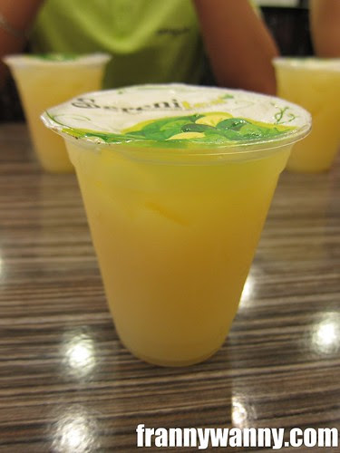 serenitea tropical yakult