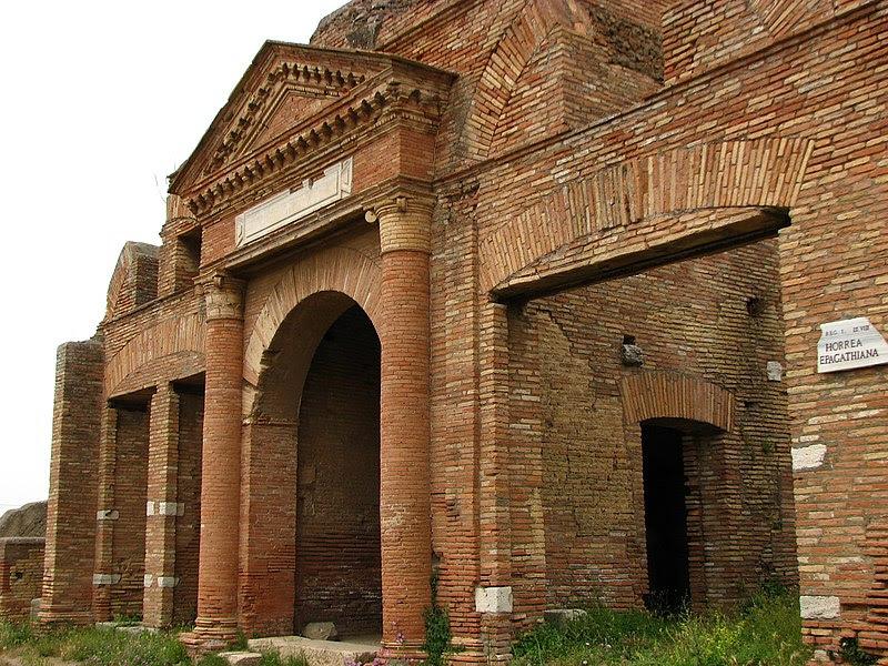 File:Ostia antica-17.jpg