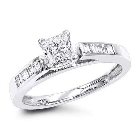 Cheap Engagement Rings 0.75ct Princess Cut Diamond