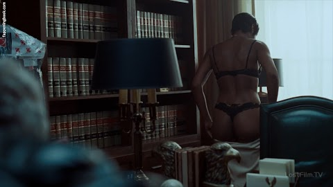 Emayatzy Corinealdi Nude Pics (@Tumblr)   Top 12 Hottest