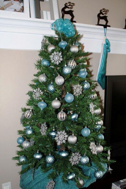 33 Turquoise Christmas Tree Decorations Ideas - Decoration ...