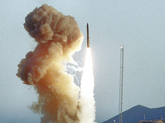 Тестовый запуск ракеты Minuteman III. Фото Вооруженных сил США, архив