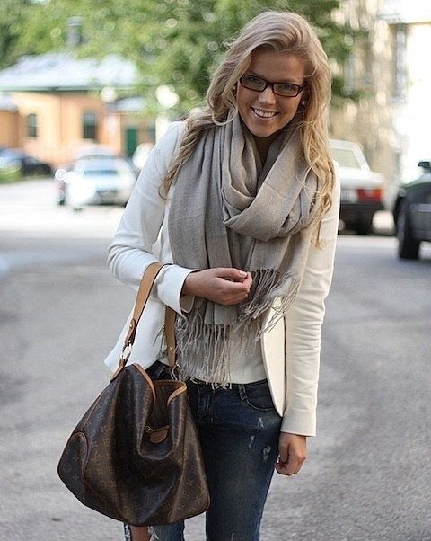 Fall Fall Fall... FALL i need to find a WHITE blazer!  love this look  (missing my glasses..... just to pull off this)