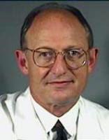 Dr Bruce M Achauer