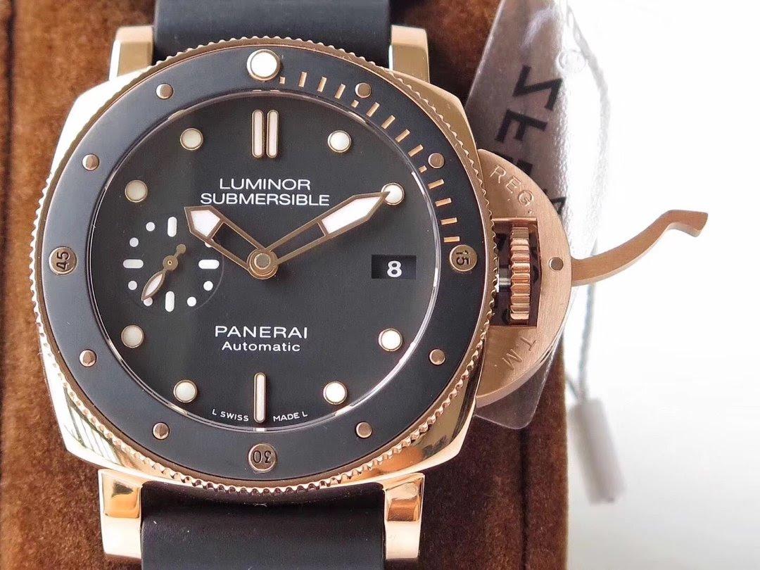 Replica Panerai Luminor Submersible Rose Gold