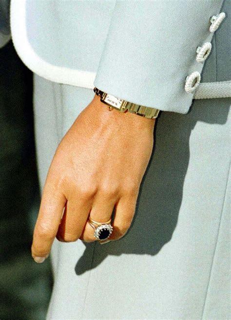 Royal engagement and wedding rings (Photos)