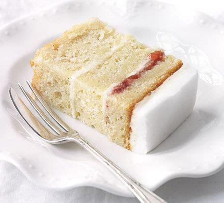 Easy vanilla cake   BBC Good Food
