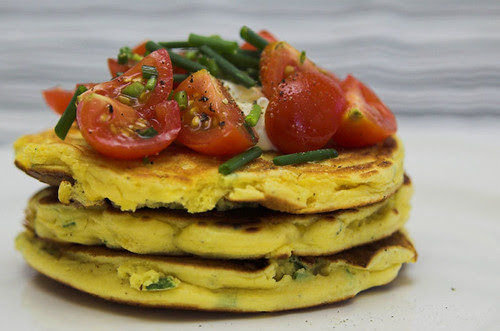 Corn and chickpea flour fritters
