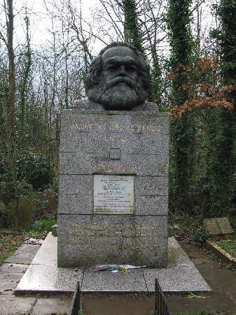 Highgate Cemetery - Karl Marx's Tomb