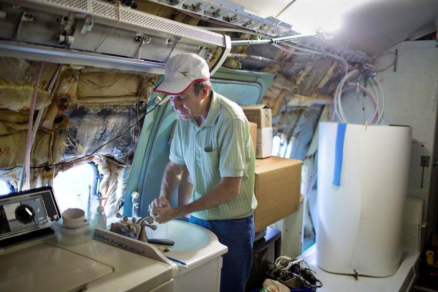 boeing-aposentado-727-reciclado-home-bruce-campbell-8