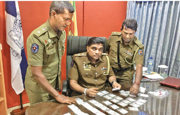 Beruwala Police with some of the recovered gems