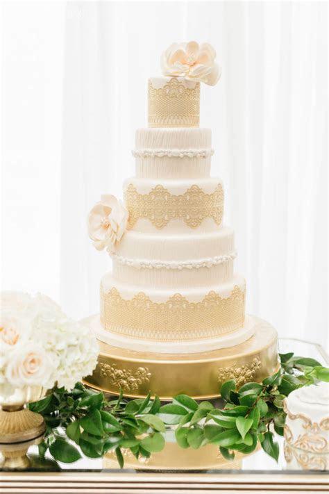 Stylish Greek Wedding Theme with Gold Decor