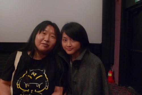 Fei Ling with a fan